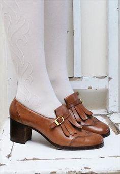 Vintage tan leather '70s kiltie shoes £20.00