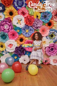 Telón de fondo de flores de papel / pared de por CandyTreeBaltimore