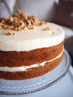 Glutenfree carrotcake 😍 the perfect autumn treat! Fall Treats, Vanilla Cake, Glutenfree, Autumn, Baking, Desserts, Recipes, Food, Tailgate Desserts