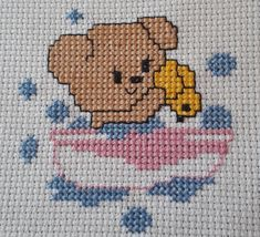TR - Brasil Cross Stitch Heart, Cross Stitching, Pattern, Character, Blue Towels, Embroidered Towels, Bath Linens, Shower Time, Cross Stitch Alphabet