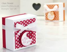 """""""The Spotty Box"""" ~ Polka Dot Lidded Box Video Tutorial by Pootles, master of paper design and trim Stampin' Up! 3d Paper Crafts, Diy Paper, Stampin Up Weihnachten, Gift Box Design, Chocolate Gift Boxes, Pretty Packaging, Craft Box, Card Tutorials, Cardmaking"""