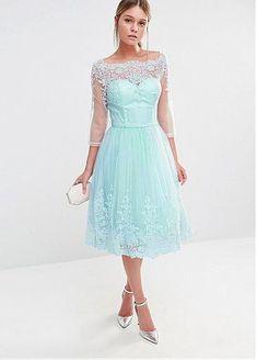 Junoesque Tulle Bateau Neckline Tea-length A-line Bridesmaid Dresses With Lace Appliques