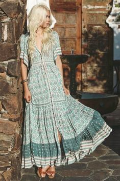 Boho maxi dress, long dress, bohemian clothes Source by mookyboutique clothes boho Outfits Dress, Boho Outfits, Casual Dresses, Maxi Dresses, Moda Boho, Maxi Dress Summer, Summer Dresses, Maxi Dress With Sleeves, Short Sleeve Dresses