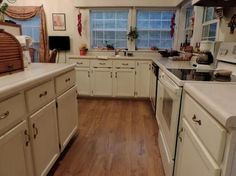 Flooring With Honey Oak Kitchen Cabinets Ideas Kitchen