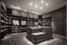 Hottest Free of Charge modern bedroom wardrobe Style Associated with each room at your residence, ones living space is just about the just one single in paying tim. Walk In Closet Design, Bedroom Closet Design, Master Bedroom Closet, Closet Designs, Girls Bedroom, Bedroom Ideas, Walking Closet, Dressing Room Closet, Dressing Room Design