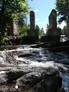 Road trip! Exploring the Carbide Willson Ruins, in Gatineau Park. (Just outside #Ottawa!)