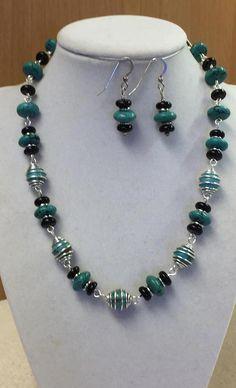 Beaded Jewelry Designs, Handmade Beaded Jewelry, Jewelry Patterns, Custom Jewelry, Bead Necklace Designs, Personalized Jewelry, Jewelry Sets, Jewelry Accessories, Jewelry Necklaces