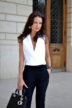 23 Combinación intemporal para mujer con el estilo negro y blanco Colores