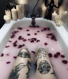 #gothgoth #gothgirl #gothstyle#gothmodel #grunge #gothmakeup #alternativefashion #nugoth #gothsofinstagram #palegoth #witchesofinstagram #occultfashion #horrormakeup #vamp #vampire #gothicbeauty #darkbeauty #alternative #occult #girlswithpiercings #makeup #gothaesthetic #aesthetic #instagoth #gothicstyle #gothic #skullartwork #skulls #skull #skulltattoos Goth Tattoo, Grunge Tattoo, Skull Tattoos, Body Art Tattoos, Tatouage Goth, Goth Wallpaper, Tattoo Magazine, Candy Skulls, Goth Makeup