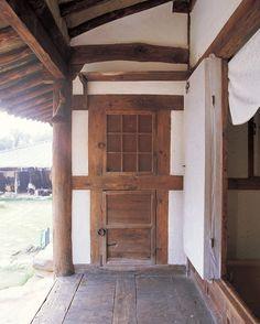 전통 한옥 구조와 용어 - 선조들의 슬기로움이 보인다 - Daum 부동산 Korean Traditional, Traditional House, Passive House, Architecture, Interior, Outdoor Decor, Home Decor, Arquitetura, Decoration Home