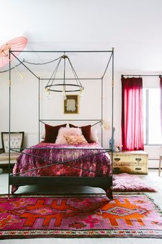 Pink and red bedroom styling!