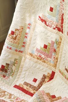 Beautiful Log Cabin by Fig Tree Quilts.