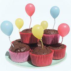<p>Festliga tårt- och kakdekorationer formade som ...</p>