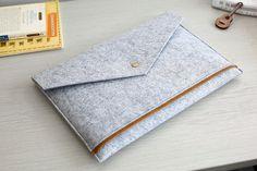Triangle Flap Felt 13 Macbook Sleeve Felt 13 от JYcustomworkshop