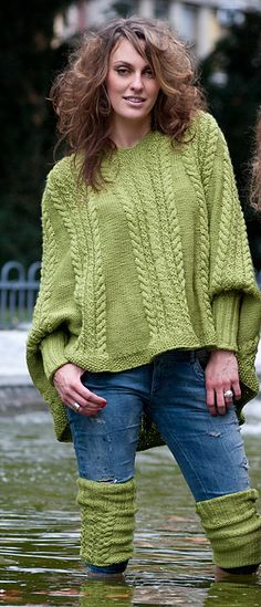 not a free pattern but a lovely poncho top.