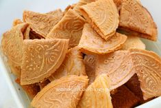 Table for 2.... or more: Kuih Kapit @ Coconut Love Letters