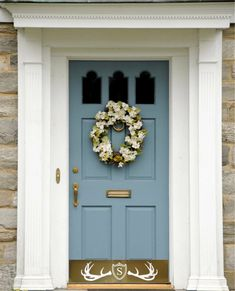 Front Door Paint Colors - Want a quick makeover? Paint your front door a different color. Here a pretty front door color ideas to improve your home's curb appeal and add more style! Best Front Door Colors, Best Front Doors, Front Door Paint Colors, Painted Front Doors, Paint Colors For Home, Paint Colours, Paint For Front Door, Wall Colors, House Shutter Colors