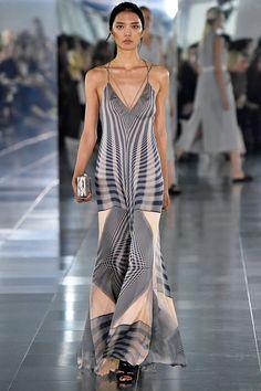 Amanda Wakeley - Spring/Summer 2016 Ready-To-Wear - LFW (Vogue.co.uk)