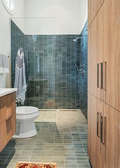 Curbless shower Curbless showers tend to be a safer option and it makes any bathroom feel larger Curbless shower Curbless showers Pool House Bathroom, Master Bathroom Shower, Laundry In Bathroom, Bathroom Ideas, Bathroom Sinks, Bathroom Inspo, Design Bathroom, Basement Bathroom, Bathroom Furniture
