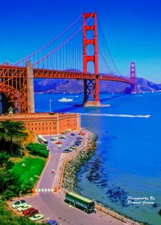Golden Gate - a different view by Richard Jansen, 500px