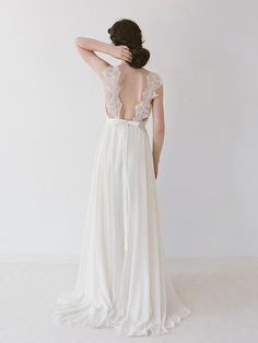 Truvelle 2016 Collection | SouthBound Bride | http://www.southboundbride.com/truvelle-2016-collection | Credit: Blush Wedding Photography