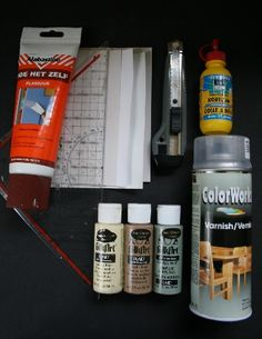 """How to use cardstock, hobby paints and spray varnish to make miniature """"ceramic"""" tiles for dollhouse bathrooms and kitchens - scroll down for English instructions 
