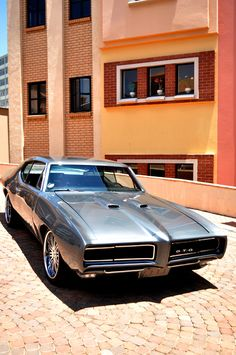 Pontiac GTO 1969 Maintenance/restoration of old/vintage vehicles: the material for new cogs/casters/gears/pads could be cast polyamide which I (Cast polyamide) can produce. My contact: tatjana.alic@windowslive.com