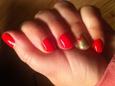 Essie geranium & accent nail with gold glitter plus heart