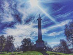 Peoples park(April2016) 아침에 창문에 미스트가 가득하더니 비한번 안오고 쨍하니 기분좋은 날씨:) 공원에 나왔는데 구름으로 그림그려 놓은듯 멋진하늘.  돗자리펴고 누워야할 타이밍인가    #아일랜드 #리머릭 #공원 #Ireland #peoplespark #lovely #sky #igersoftheday by itsmeyunji