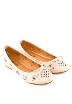 AVOCADOE Belinda Diamond Cut-out Flats Belinda通花平底鞋 (HKD 144.00)