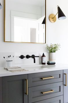 Light to the side* Small guest bathroom with dark custom vanity, gray vanity, modern traditional bathroom Diy Bathroom, Traditional Bathroom, Diy Bathroom Decor, Bathroom Inspiration, Brass Decor, Guest Bathroom, Bathroom Furniture, Bathroom Interior Design, Guest Bathroom Small