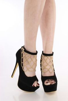 Black/gold chain heels | shoes | Pinterest | Black gold and Chains