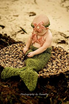 Includes: Mermaid Tail pattern, Sea Shell Bikini Top pattern, and Headband pattern (with flower or anemone). Little Mermaid Crochet, Baby Mermaid, Mermaid Tails, The Little Mermaid, Baby Ariel, Mermaid Birthday, Cute Kids, Cute Babies, Mermaid Tail Pattern