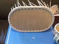 Newspaper Basket, Newspaper Crafts, Rope Crafts, Flower Crafts, Sun Paper, Paper Fruit, Fruit Crafts, Paper Weaving, Rattan Basket