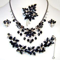 Juliana Black Dangles Necklace Bracelet Brooch Earrings Crystal Rhinestone D&E Book Set