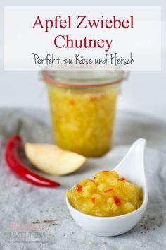 Una receta de chutney de cebolla y manzana es fácil de hacer. - Una receta de chutney de cebolla y manzana es fácil de hacer. La mermelada agridulce va muy bien co - Chutneys, Melted Cheese, Detox Drinks, Pesto, Onion, Brunch, Food And Drink, Vegetarian, Homemade