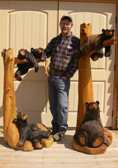 This would be great for addition to any cabin. Original Bearfoots and Big Sky Bears Signed by the Artist Jeff Fleming Country Decor, Rustic Decor, Black Bear Decor, Bear Signs, Zeina, Tree Carving, Log Cabin Homes, Log Cabins, Log Furniture