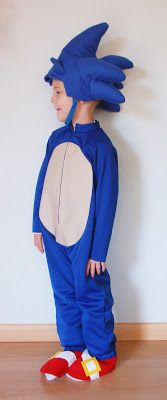 The Almost Perfectionist: Sonic the Hedgehog Halloween Costume. Bought the hat and made the costume. Huge hit with the 5 year old! Sonic The Hedgehog Halloween Costume, Sonic Costume, Halloween Fun, Diy Costumes, Halloween Costumes, Costume Ideas, Hats, Sonic Hedgehog, School Play