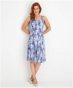 Whether you're exploring a new city or relaxing in the garden, this casual jersey dress will have you feeling effortlessly stylish. With a unique print and a flowing shape, it's one to make a suitcase essential this summer. Approx Length: 104cm Our model is: 5'8""