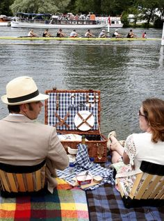 Summer Bucket! Have the perfect picnic, checkered blanket and all