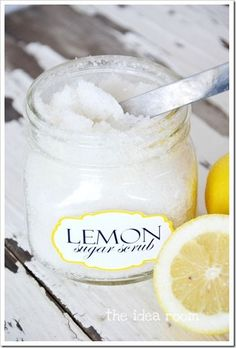 Make your own lemon sugar scrub with this easy recipe- smells AMAZING!