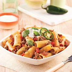 One pot farfalles au poulet - 5 ingredients 15 minutes Pasta Pan, Confort Food, Party Finger Foods, One Pot Pasta, Rigatoni, Meals For The Week, Diet And Nutrition, Pasta Salad, Tacos