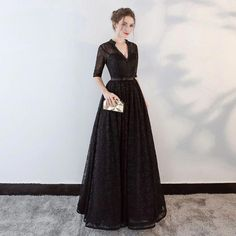Modern / Fashion Black Evening Dresses 2018 A-Line / Princess Beading Bow Lace V-Neck Backless Pierced Sleeves Floor-Length / Long Formal Dresses Glamorous Evening Dresses, Grey Evening Dresses, Burgundy Evening Dress, Formal Dresses For Women, Evening Gowns, Silver Bridesmaid Dresses, Gowns With Sleeves, Cap Sleeves, Ball Dresses