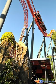 7/14 | Photo du Roller Coaster Abismo situé à @Parque de Atracciones Madrid (Espagne). Plus d'information sur notre site http://www.e-coasters.com !! Tous les meilleurs Parcs d'Attractions sur un seul site web !! Découvrez également notre vidéo embarquée à cette adresse : http://youtu.be/zBg59AFGl0w