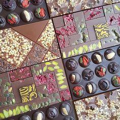 #Repost @chefmartindiez with @get_repost Chocolate wall to start the #weekend #chocolate #chic #martindiez #art #artwork #choc #go #good #yum #yummy #bakelikeaproyoutube #instagood #instagram
