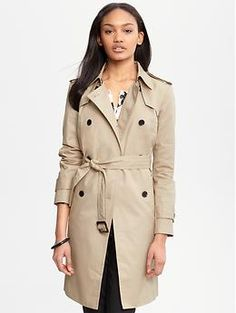 I have been waiting for two months to get this trench from BR and Wednesday, I am finally going, 40% off coupon in hand, and bringing it home with me. I can't wait. (And I must say it looks a lot better in person).