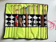 Neontråden: DIY strikkepindemappe