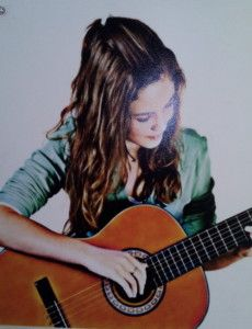 The Glamour and popularity of Guitar is undisputed among all musical instruments... No surprise learning guitar is sought after by many Students, professionals, musicians and kids every month of the year. http://guitarclassesplatform.com/