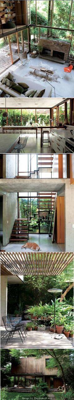 """La maison d' Alejandro Rosuti Kotti, architecte est construite dans la banlieue de Buenos- Aires, là ou la forêt tropicale semble déjà prendre ses marques. Il a la passion de la nature et un «bâtiment vert» s'est imposé tout naturellement. Le bois de la façade se grise avec le temps et la maison se fond peu à peu dans son environnement naturel. - created via <a href=""""http://pinthemall.net"""" rel=""""nofollow"""" target=""""_blank"""">pinthemall.net</a>"""
