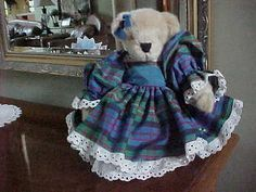 MUFFY VANDERBEAR ~ FLUFFY DRESSED HOLIDAY TAFFETA LTD  BLUE PLAID HTF